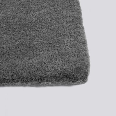 Koberec Raw rug no 2 / Dark grey