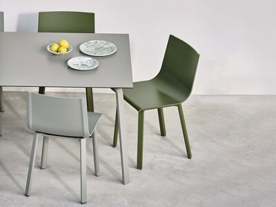 Stůl Stack Dining Table, 90 x 90 cm