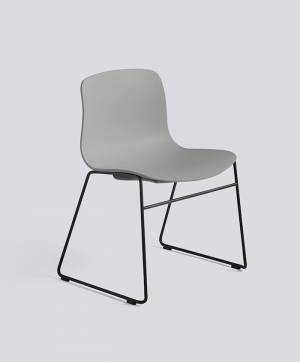 Židle AAC 08, sedák Concrete Grey, noha Black Powder Coated Steel