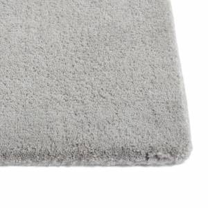 Koberec Raw rug no 2 / Light grey